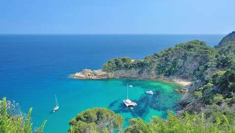 Plages, criques et calanques sur Costa Brava Espagne