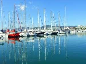 Port de plaisance de Mataro sur le Maresme en Espagne