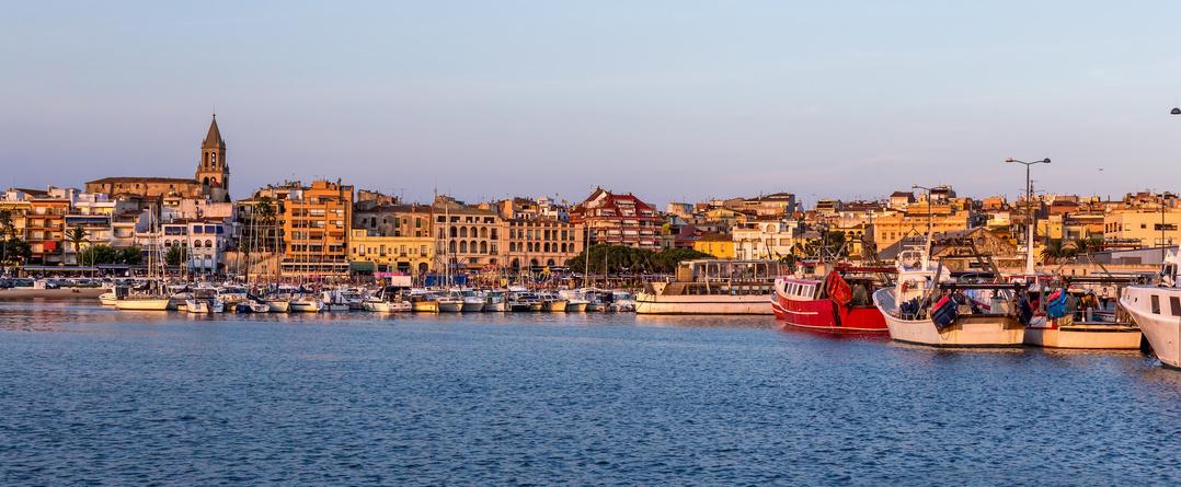 Ville cotière de Palmos sur la Costa Brava en Espagne