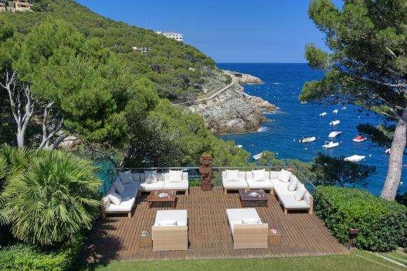 Villa au bord de mer sur la Costa Brava